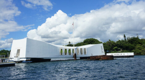 REORIENTING PEARL HARBOR MEMORIES: From Antagonists to Allies, Prime Minister Shinzo Abe's Reorientation of the USS Arizona Memorial| YUJIN YAGUCHI